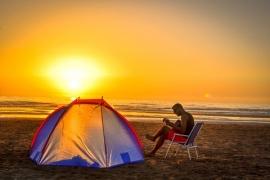 Camping (c) pixabay_Yassine_Noamani